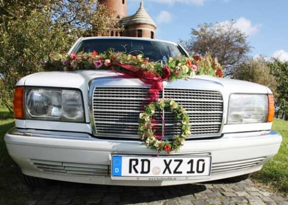 Oldtimerfahrten für den besonderen Anlass (mit Chauffeure)